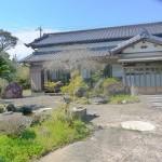 国吉駅 和風平屋建て中古住宅(池付き)