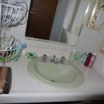 トイレ横の洗面台